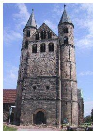 Máriatemplom,  premontrei kolostor , s ahova Norbertet 875 évvel ezelőtt temették