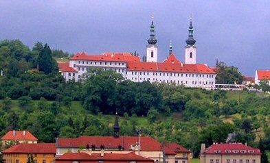 Strahov-Prága, ide vitték át Szt Norbert hamvait